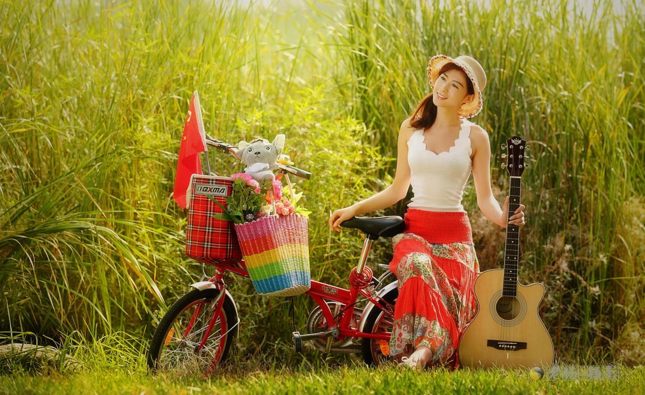 单车美女去郊游