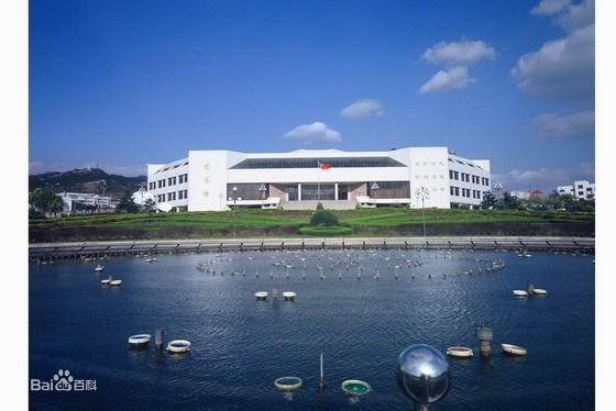 现青岛大学