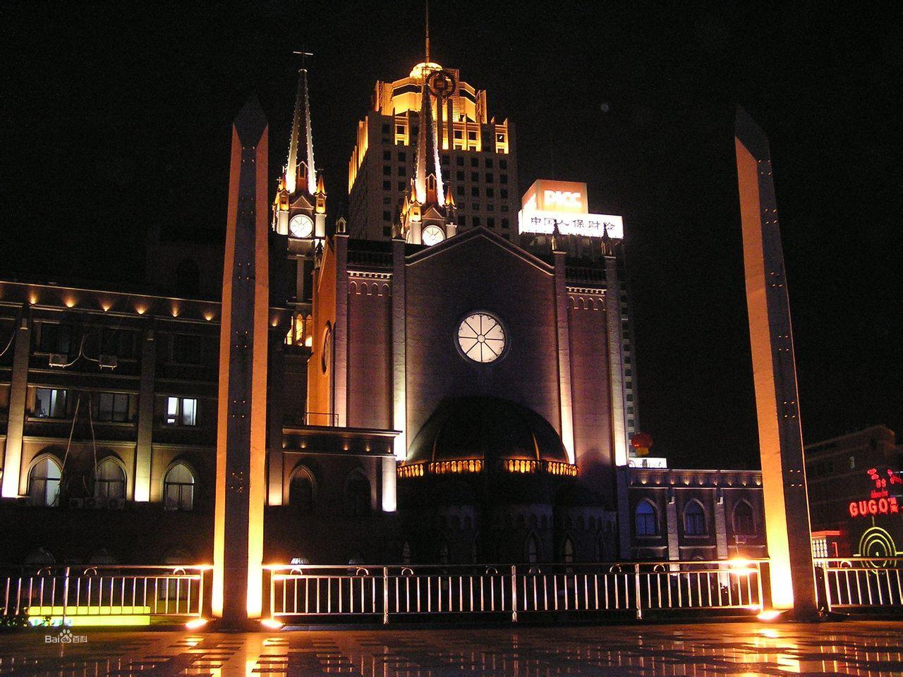作为宁波市最大的城市中心商业广场图片