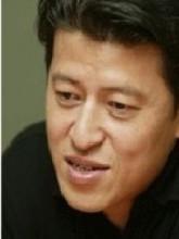权海孝生活照