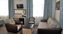 佐洛托伊科洛斯酒店