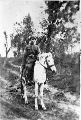 3革命烈士编辑赵吉祥(1923—1952)莒南县址坊村人.1940年参.