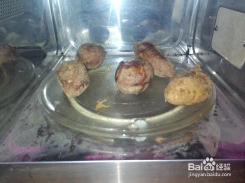 怎么用烤箱或微波炉快速烤红薯/地瓜?图片