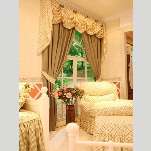 怎样清洗家里的窗帘