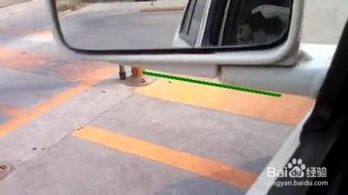 科目二定点停车与半坡起步操作技巧图解