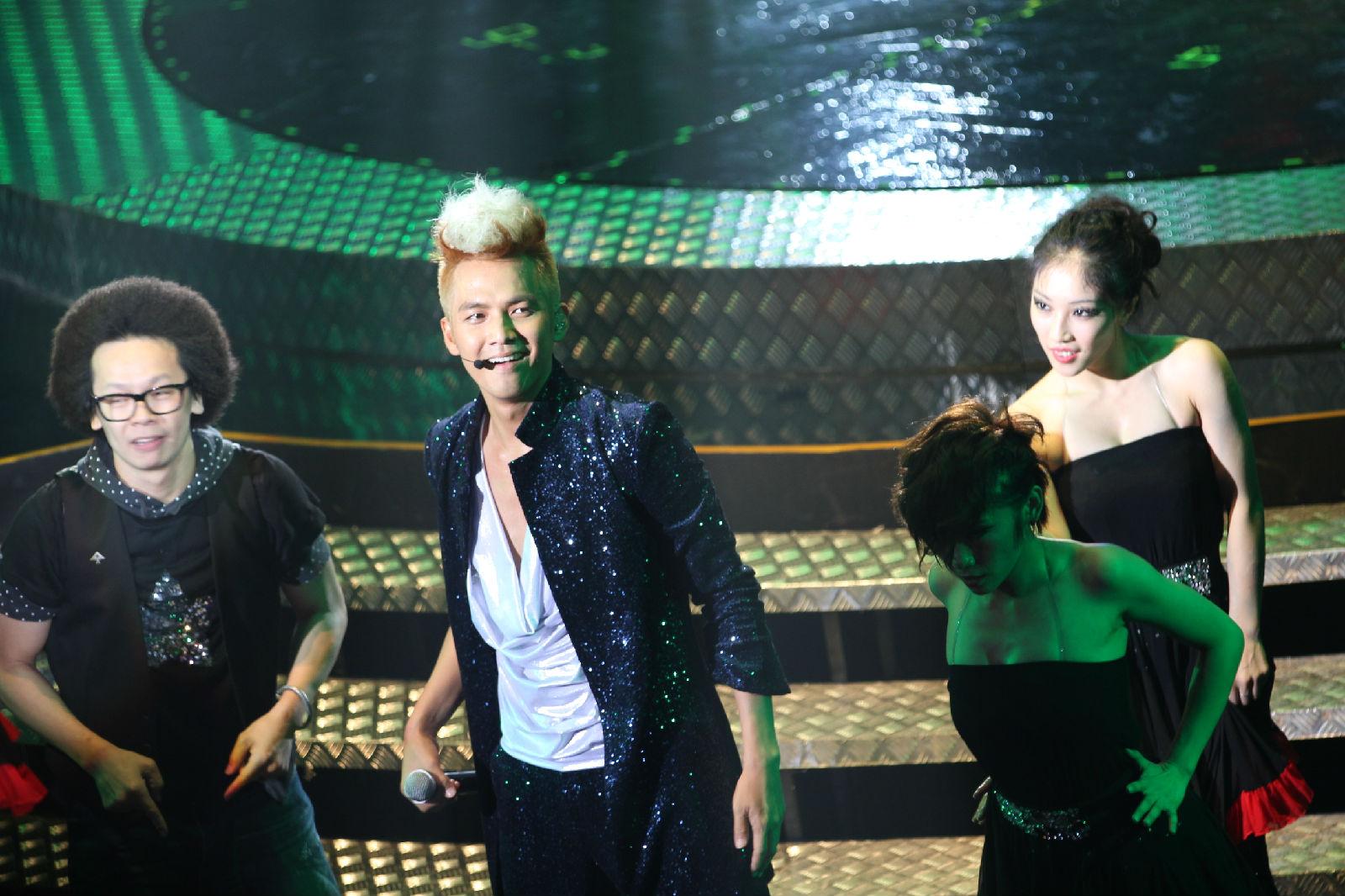 钟汉良 20111001演唱会上海站图片