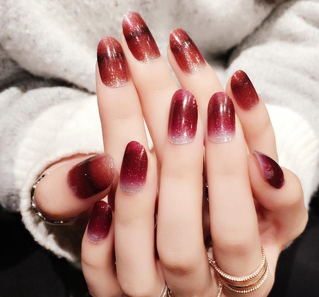 17年最流行的美甲花色,显手白又秀气,让指尖成为一道风景图片