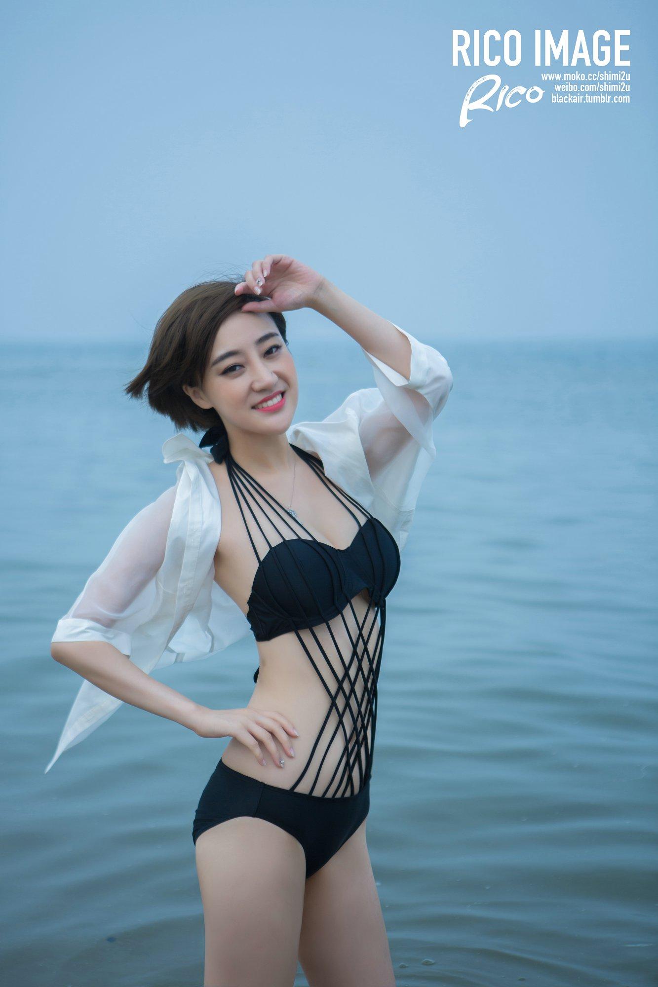 美女演员桃桃