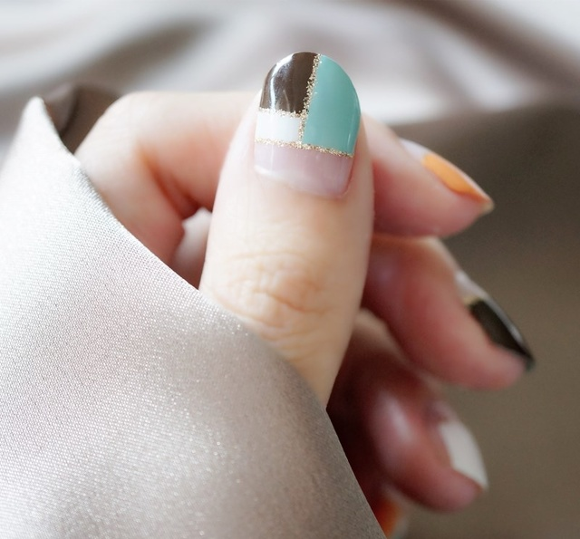 适合夏天的指甲油,个个超显白,特别第五个图片