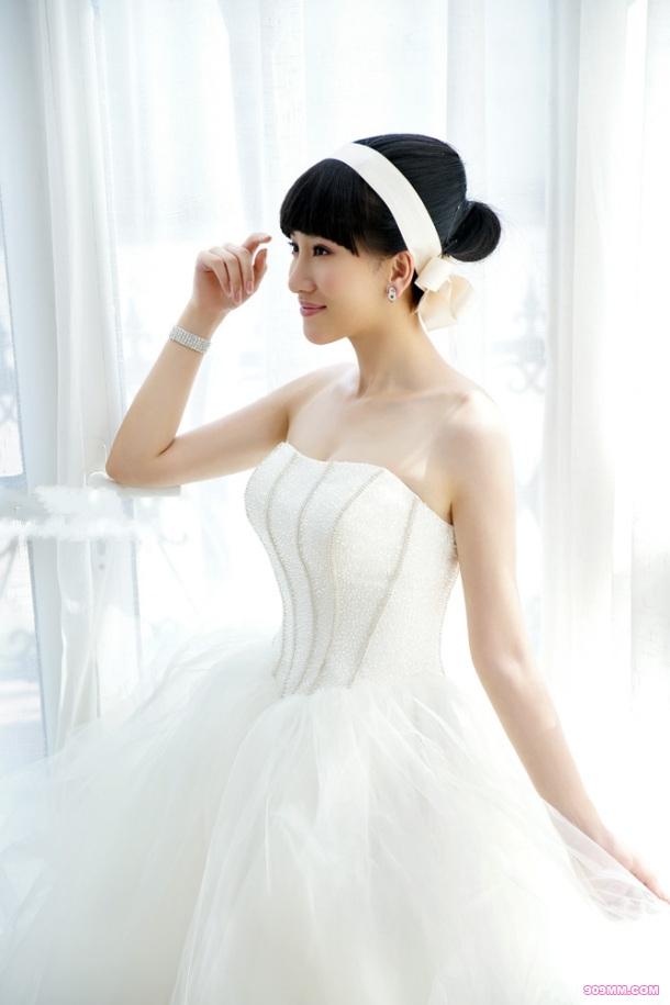 纯情美女洁白私房照(10)图片