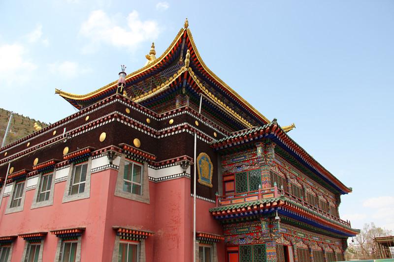 塔尔寺藏式的华丽建筑风格图片图片