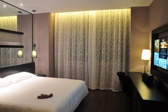 桔子水晶酒店(上海国际旅游度假区川沙店)促销大床房 - 大图