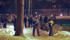 美国12岁男孩挥舞假枪被警察击毙