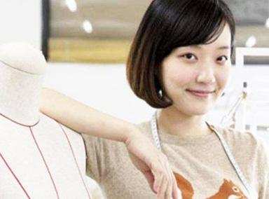 中国女孩逐梦时尚圈维密歌手都为她打call