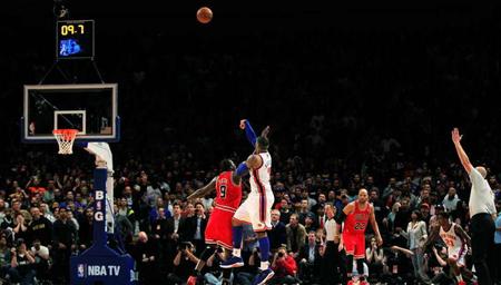 安东尼干拔绝杀领衔12月1日NBA五佳球