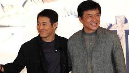 成龙周星驰李连杰在国外受辱,三人的反应让人意外!