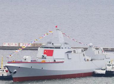 解放军海军拉萨舰于青岛公开亮相