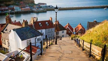 英国威尔士封城少有人出门