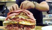 世界最大三明治成美国地标,放足10斤肉拒绝蔬菜,姿势不明觉厉