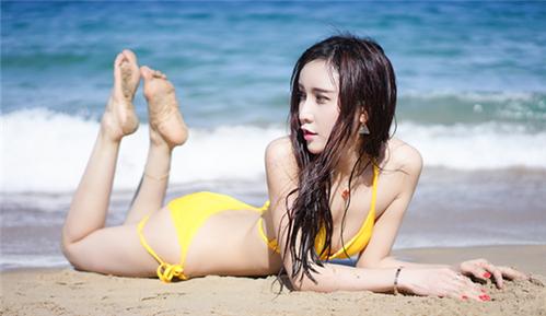 Eva刘蓝蔻 三点式比基尼 尽显女神范