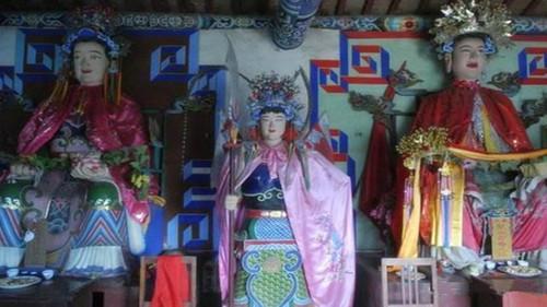 """中国有位""""神人"""":钟无艳、樊梨花、穆桂英、白素贞都是她的弟子"""