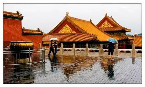 北京暴雨,到处水浸,为什么故宫不淹?