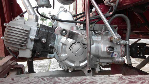 五羊本田100小公主的机油滤网在哪个位置?图片