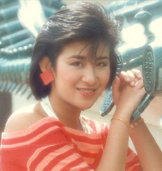 吴君如以前是大美女吗?