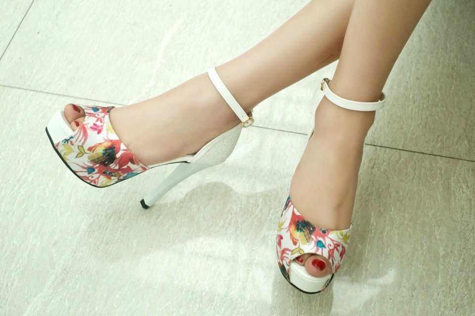 腿粗的女人适合穿什么鞋