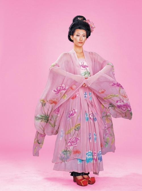 隋朝 女子的 服饰 和发式图片