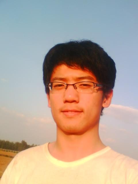 寻16岁男高中生适合的发型 有图图片