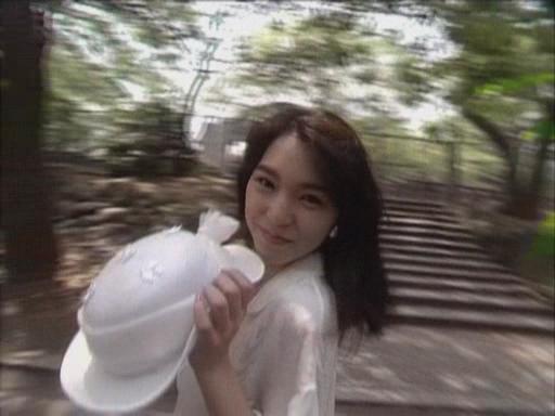 冴岛奈绪番�_她是:冴岛奈绪,1968年3月23日-2012年9月29日),歌手,女演员及实业家.