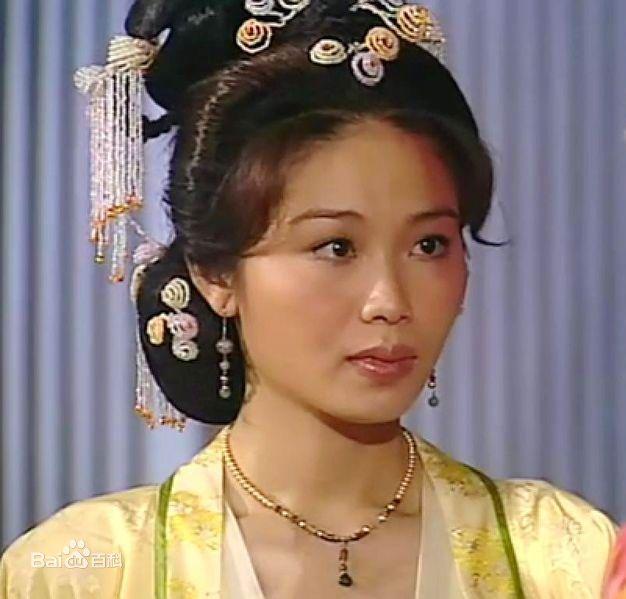 香港电剧古装女角换了脸求名女角脸有