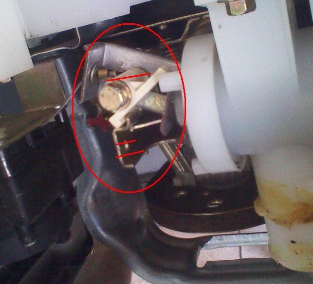金羚自动波轮洗衣机一边进水一边排水怎么回事!图片