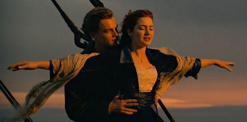 你第一次看《泰坦尼克号》时的感受是什么?