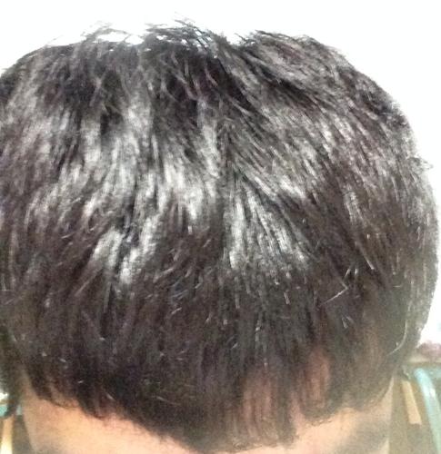 头发毛躁没有光泽怎么办?怎样保养?图片