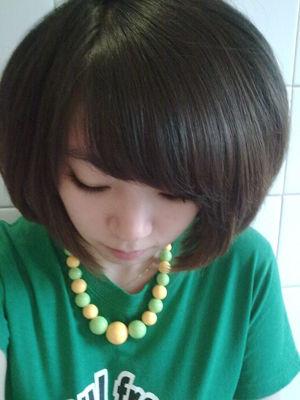 女生短头发发型图片