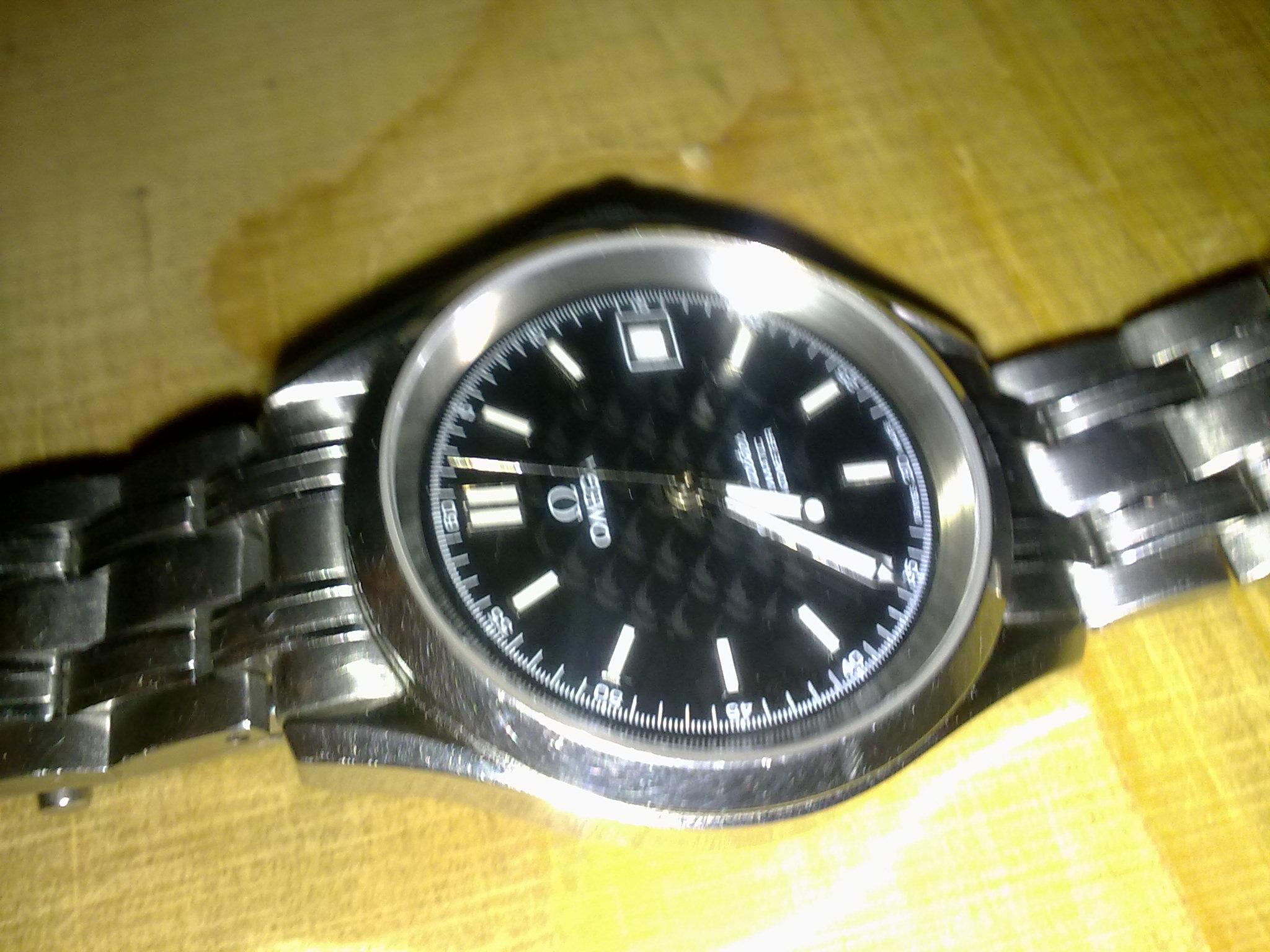 欧米茄海马哪个编号手表 价值多少啊 是真是假 100m防水的