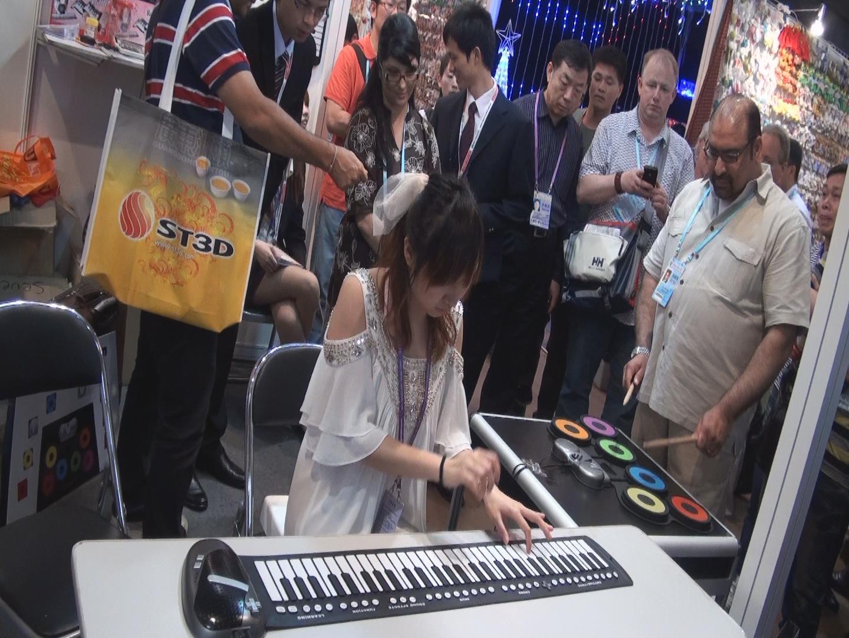 电子琴做为娱乐,提高,业余演出图片