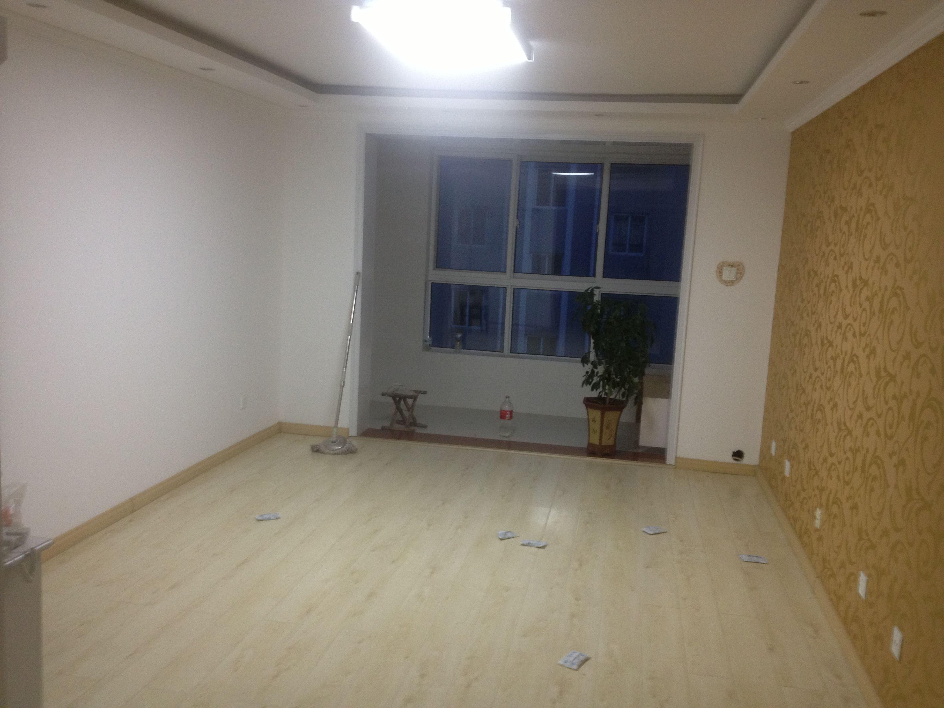 浅胡桃色家具配什么颜色木门和地板好呢 8 2009-09-14 黑胡桃门框白门