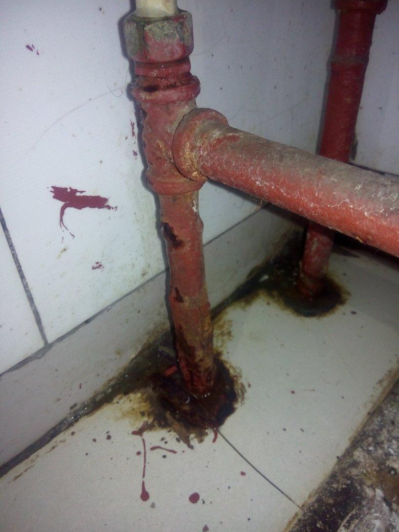 农村水暖安装_求水暖安装师傅解答一下!我家农村的煤球火内壁有一个