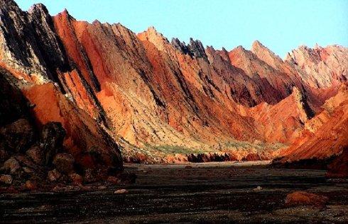新疆阿图什天门大峡谷