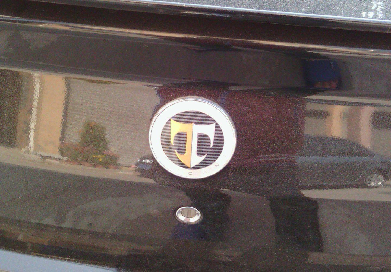 现代的总标志是h,t只用在酷派跑车上高清图片