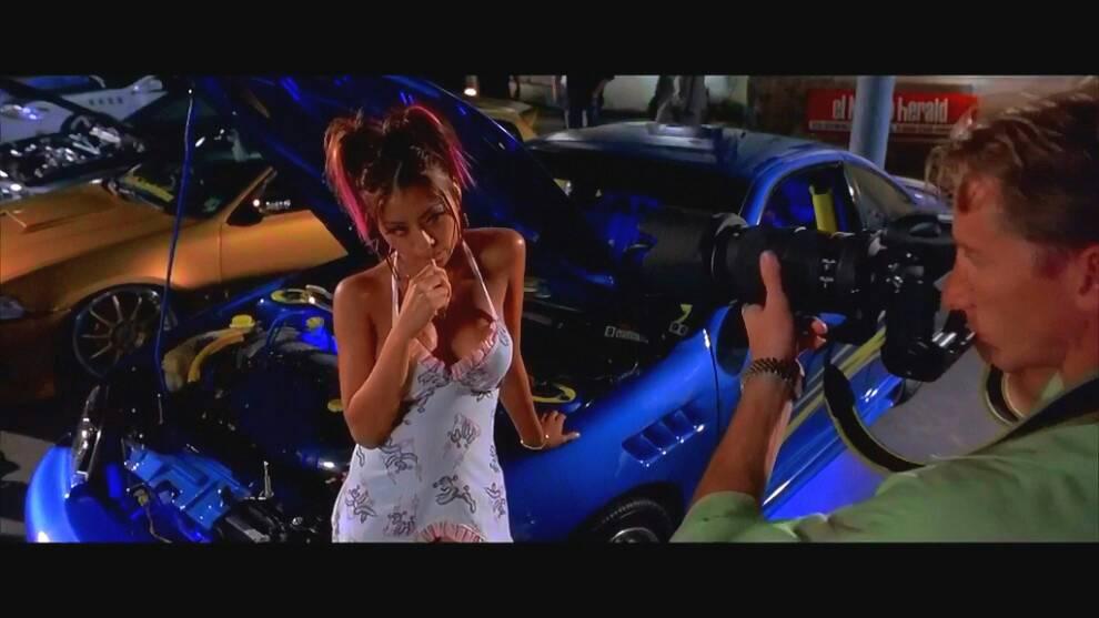 请问速度与激情2里面这个女孩是谁?