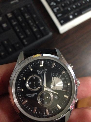 casio手表上的日期显示不正确,该怎么调?