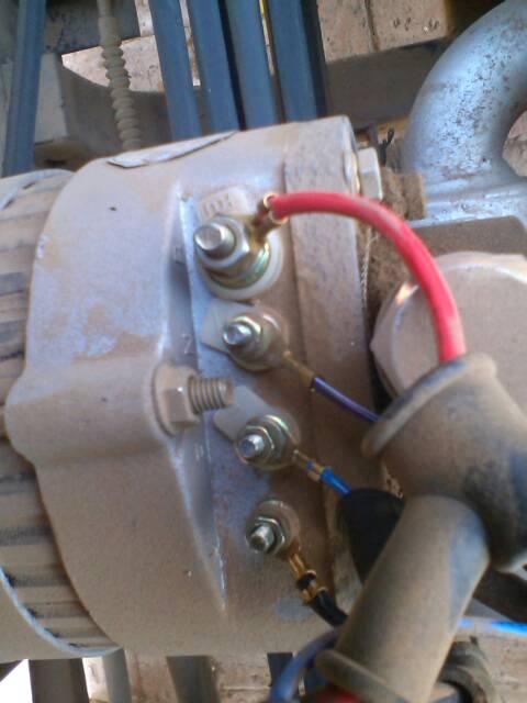 发电机不发电 4个柱的调节器接线图有一个硅整流发电机调高清图片