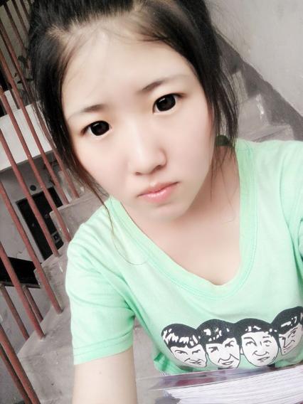我14岁弄了空气刘海我妈说好像变的好大一样年龄 ,我之前一是中分我不图片