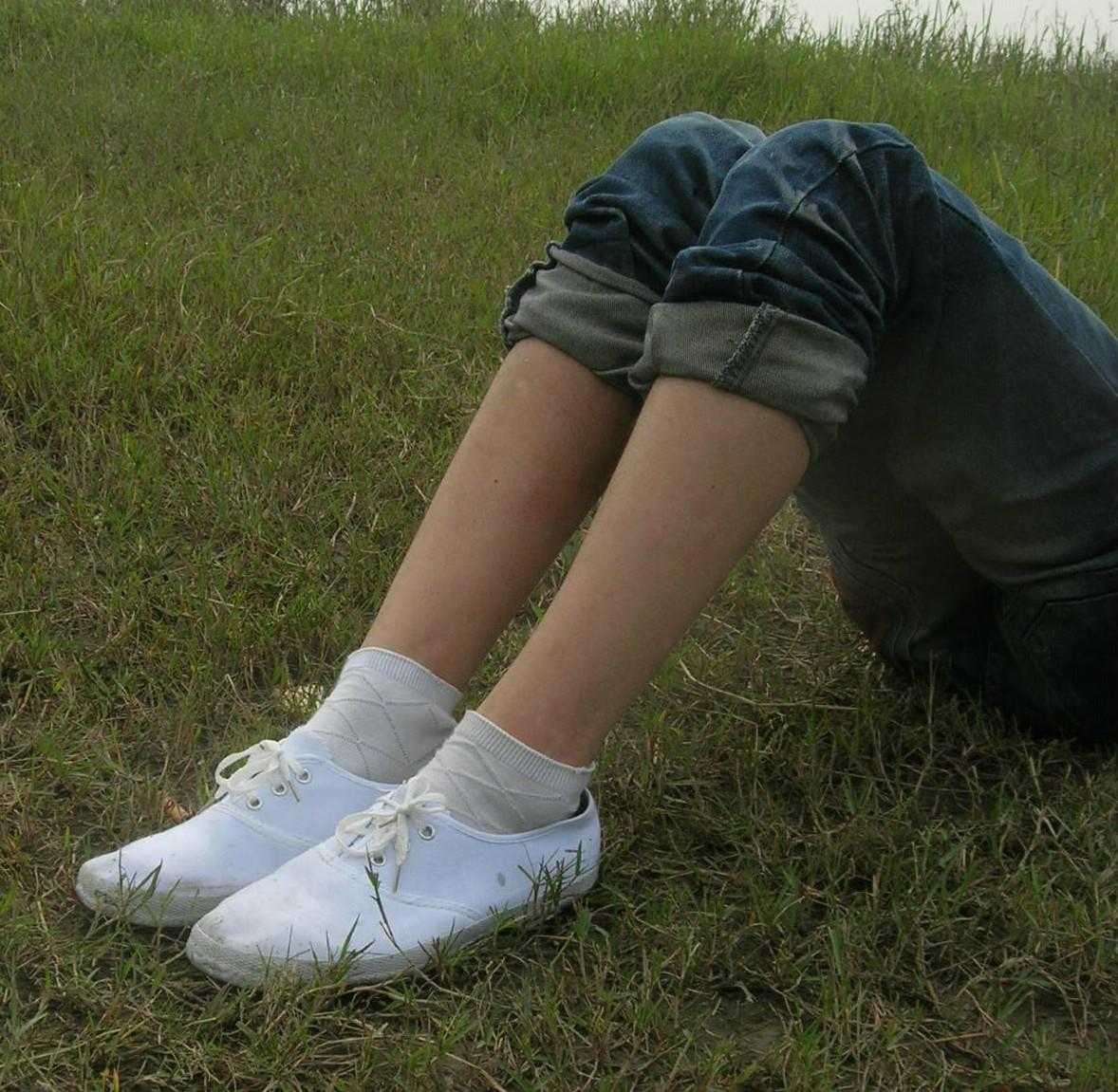 如果穿着来踢男生威力大吗?