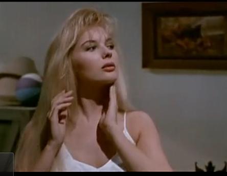 求这个外国美女的名字和她的电影?