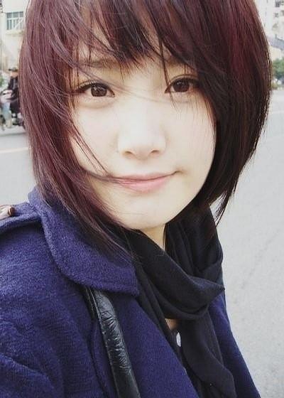这个短发美女叫什么?